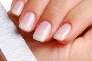راه داشتن ناخن هایی زیبا و جذاب